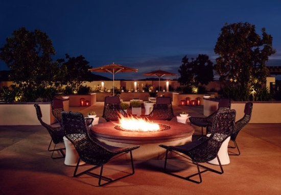 South Jordan, UT: Relax and meet on our Outdoor Patio