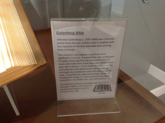 Abbotsford, Canadá: Gutenberg Bible explanation