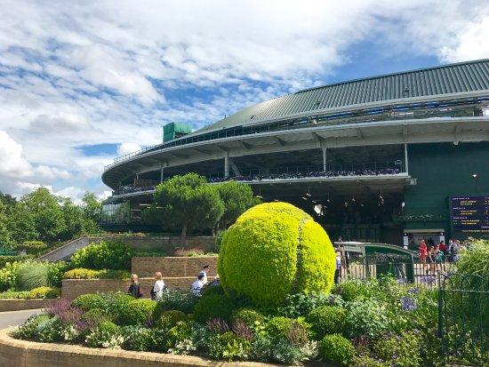 The All England Lawn Tennis Club: Wimbledon 2017