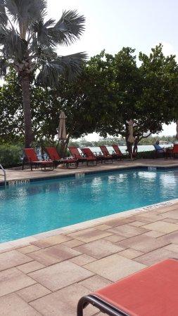The Holiday Inn Express & Suites Marathon Photo
