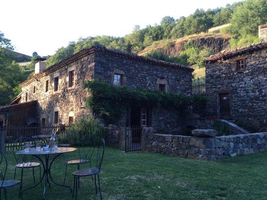 Saint-Arcons-d Allier, Γαλλία: Soleil couchant de juillet !