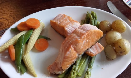 Grewelthorpe, UK: Baked salmon - partially consumed!!