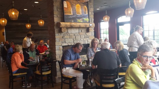 Egg Harbor, WI: dining near the hearth