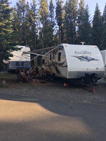 Fishing bridge rv park updated 2017 campground reviews for Fishing bridge rv park yellowstone