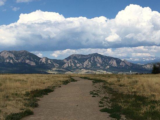 Davidson Mesa Trail in Louisville Colorado