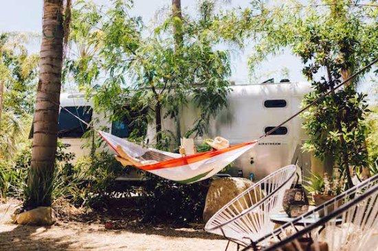Ojai, Καλιφόρνια: Each Caravan features private and community space