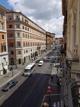 Hotel Artemide: Via Nazionale