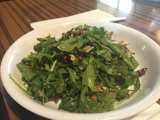 Paramus, NJ : arugula salad