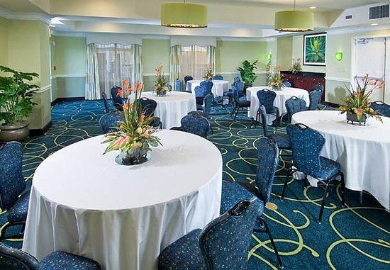 Courtyard Sarasota University Park/Lakewood Ranch Area: Meeting Room – Banquet Setup