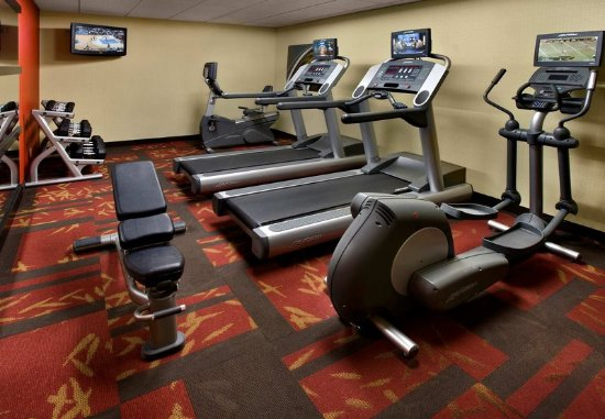 Courtyard Pittsburgh Airport : Fitness Center
