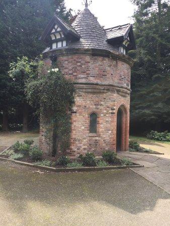 Walkden Gardens : photo9.jpg
