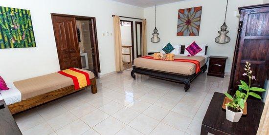 Pesona Beach Resort & Spa Photo