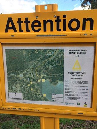 Mundaring, Australia: Bibbulmum Track notice
