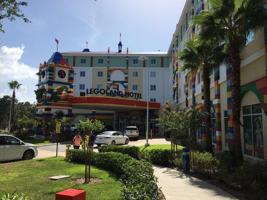 Hotel legoland florida resort winter haven for Castle haven cabins