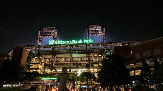 Best Restaurants Near Citizens Bank Park