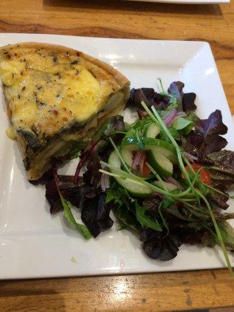 Mundaring, Australia: Mediterranean quiche with salad