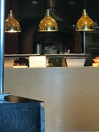 Novotel Ambassador Daegu: their omelette station