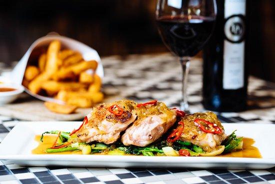 Marion, أستراليا: Chicken Ga Kho - Lounge Bar