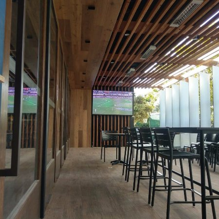 Marion, ออสเตรเลีย: Front Bar Alfresco