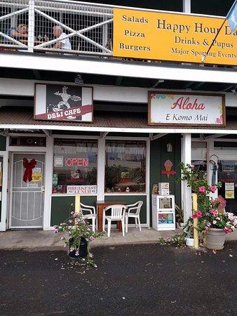 Aloha Deli Ice Cream & Shave Ice : Front of restaurant