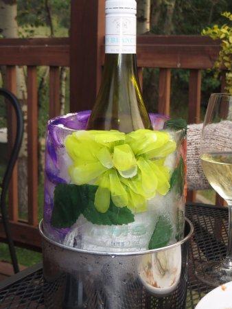 McCall, ID: Joli glaçon pour bon vin blanc bien frais de l'État de Washington