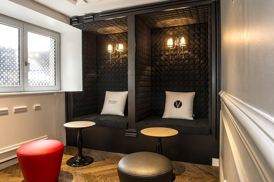embassy bar separee vertigo hotel nuxe spa dijon resmi tripadvisor. Black Bedroom Furniture Sets. Home Design Ideas