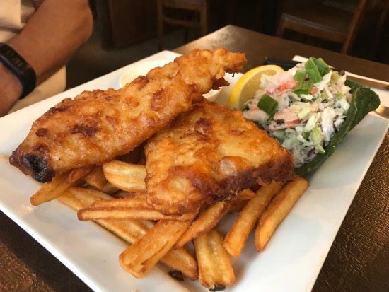 River Inn Restaurant: Fish and Chips