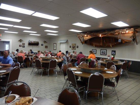 Buckneru0027s Family Restaurant: Large Dining Room At Buckneru0027s.