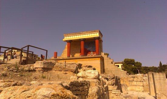 เรทิมโน, กรีซ: В Кносском дворце