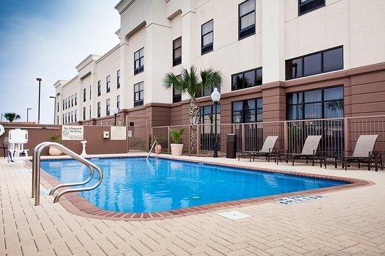 Harlingen, TX: Outdoor Pool, Day