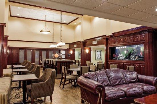 Harlingen, TX: Lobby, Overview