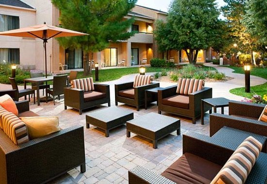 Greenwood Village, CO: Courtyard Terrace