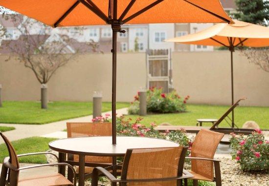 Courtyard dayton beavercreek updated 2017 prices hotel - Dayton home and garden show 2017 ...