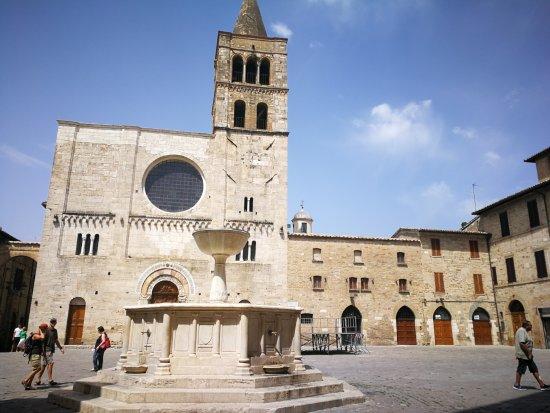 Piazza Silvestri