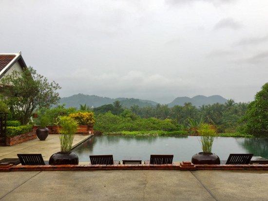 Belmond La Residence Phou Vao: Pool view from the breakfast area