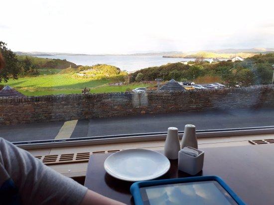 Portnablagh, Irlanda: View from dining room