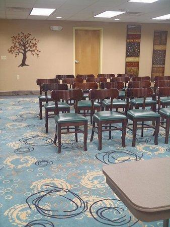 Wiggins, MS: Meeting Room