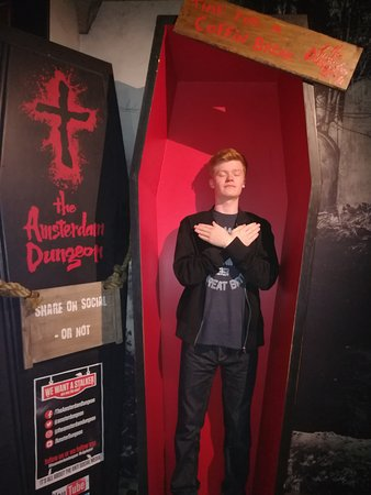 The Amsterdam Dungeon : Photo opportunity at exit.