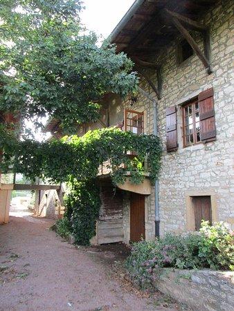 Sance, Francia: Le bâtiment réception et salle à manger
