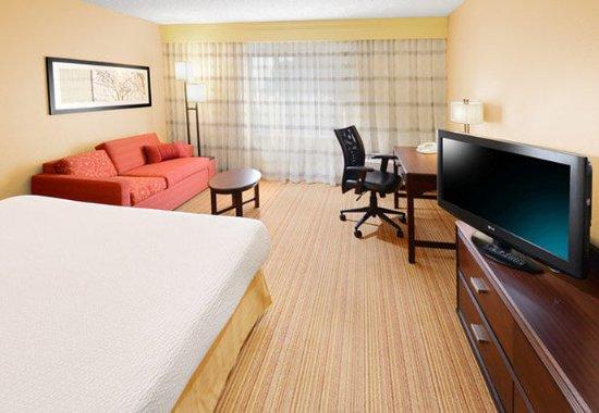 Richardson, TX: King Guest Room