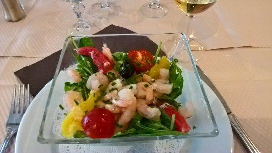 Le Bistro Romain : entrée salade: épinards, crevettes agrumes