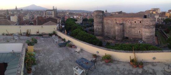 Sveva Bed and Breakfast : Rooftop terrace has an astounding view!