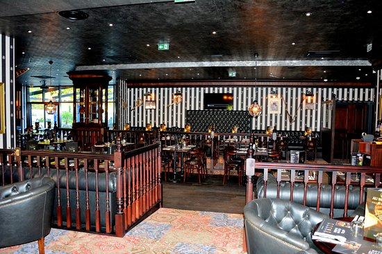Bureau unique restaurant le bureau picture of restaurant le