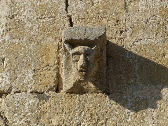 Iglesia de Sant Llorenc, Montagut i Oix, (Garrotxa, Gérone, Catalogne), Espagne.