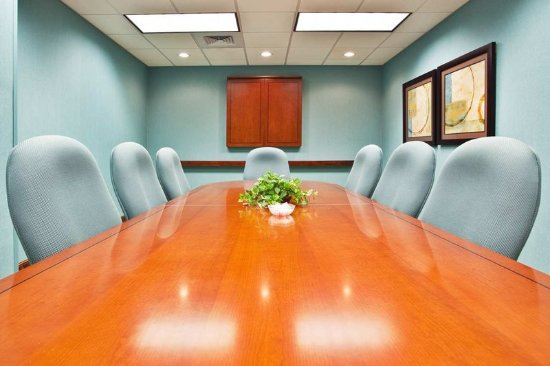Advance, NC: Executive Boardroom
