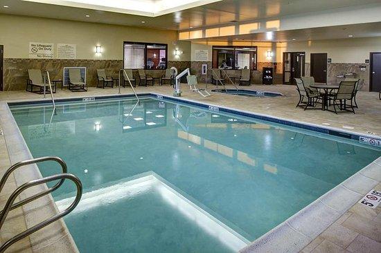 Mulvane, KS: Indoor Pool