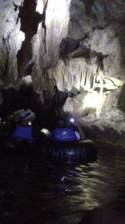 Cave Tubing Goa Pindul: P_20161114_103049_large.jpg