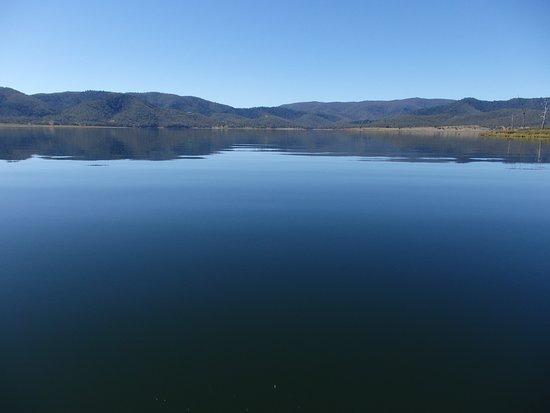 Somerset Dam, Australia: How's the serenity??!!