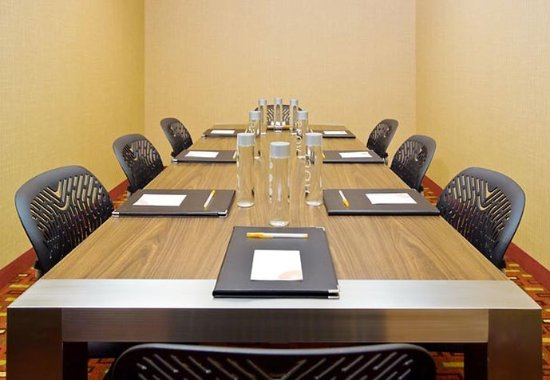 Courtyard Fresno: Meeting Room