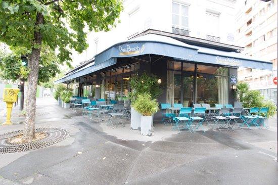 Creperie Paris Breizh Italie: Une terrasse pour vous acceuillir dès les beaux jours.